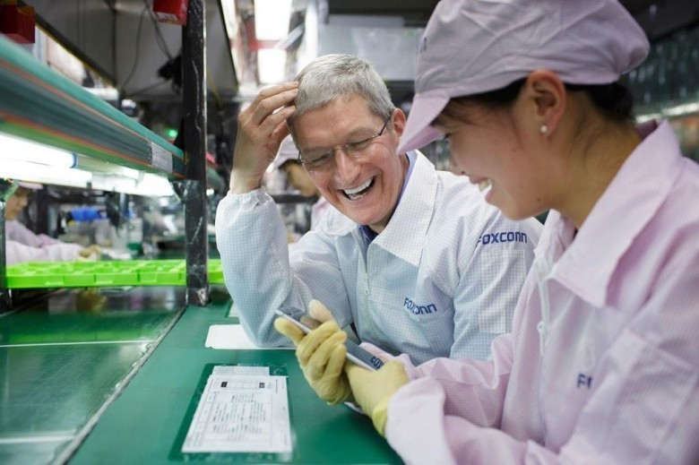 Foxconn, Tim Cook
